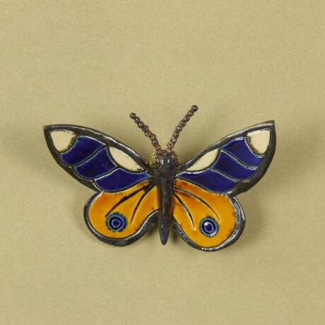 Fali pillangó 6