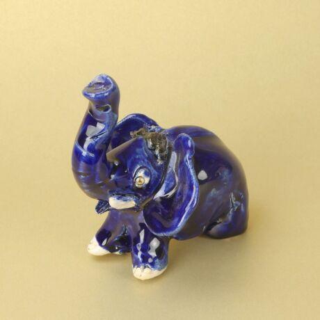 Kék elefánt
