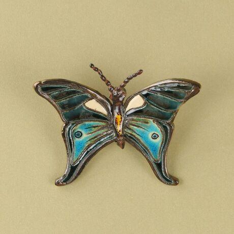 Fali pillangó 10