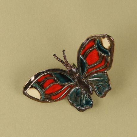 Fali pillangó 12