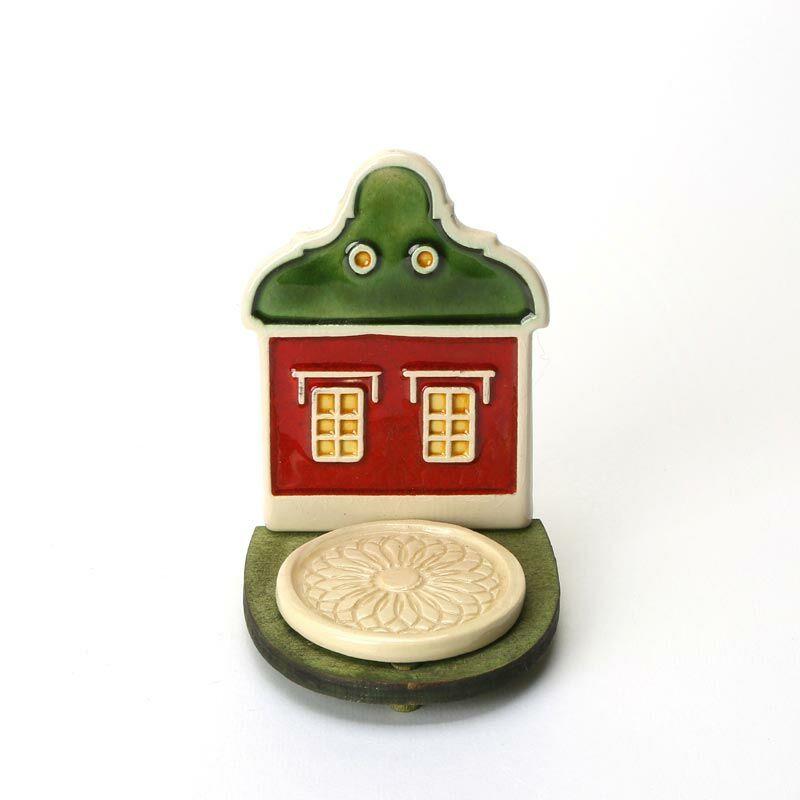 Kerámia mécsestartó zöld-piros házikó
