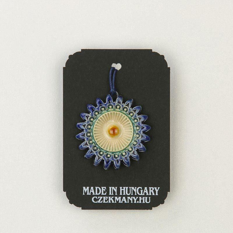 Virágos kerámia mandala medál 10