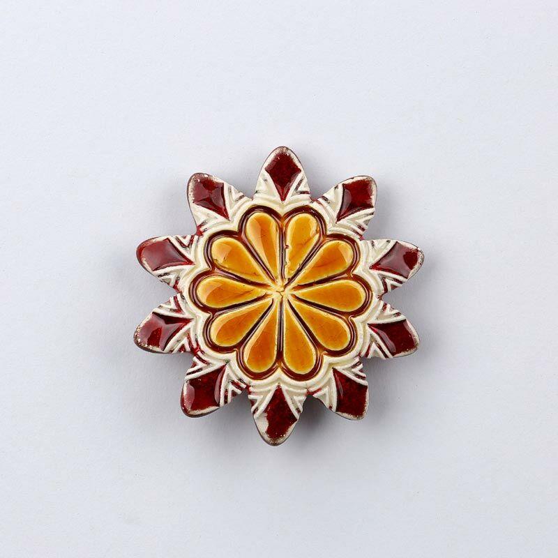 Kerámia virág - hegyes szirmú, piros - sárga