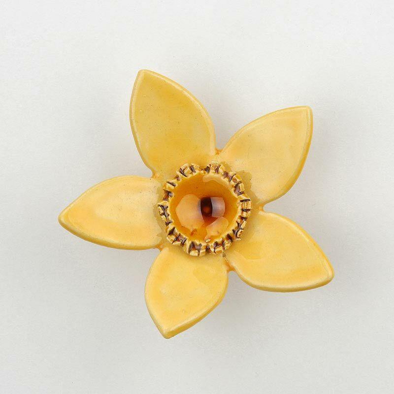 Sárga kerámia nárcisz