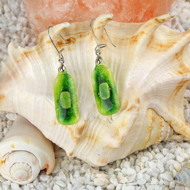 Zöld hosszúkás buborékos üveg fülbevaló
